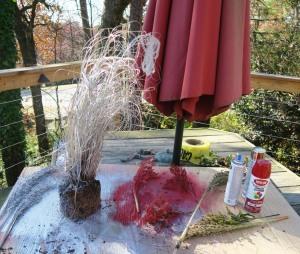 christmas dec spray paint. 1