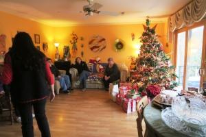 christmas eloise (1)