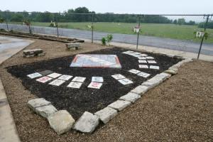 berryville school garden (8)