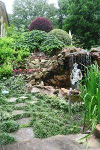 coulson garden.may1612