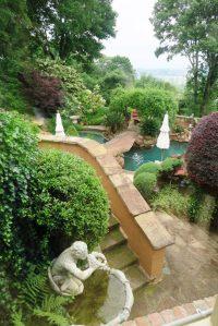 coulson garden.may1625