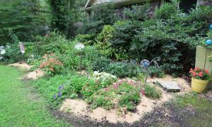 my garden mulched july4.162
