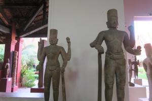 cambodia-museum-05