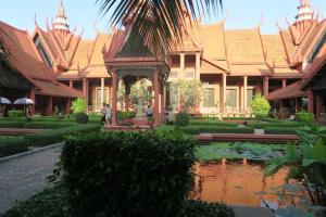 cambodia-museum-08