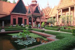 cambodia-museum-11