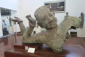 cambodia-museum-14