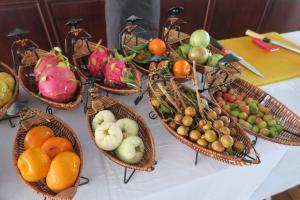 fruit-tasting-3