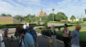 palace-in-cambodia-09