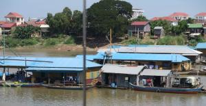 view-from-boat-in-cambodia-10