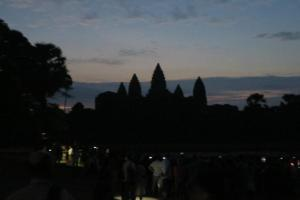 angkor-wat-temple-sunrise12