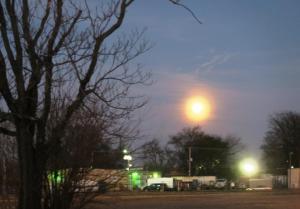 moon-feb10-17