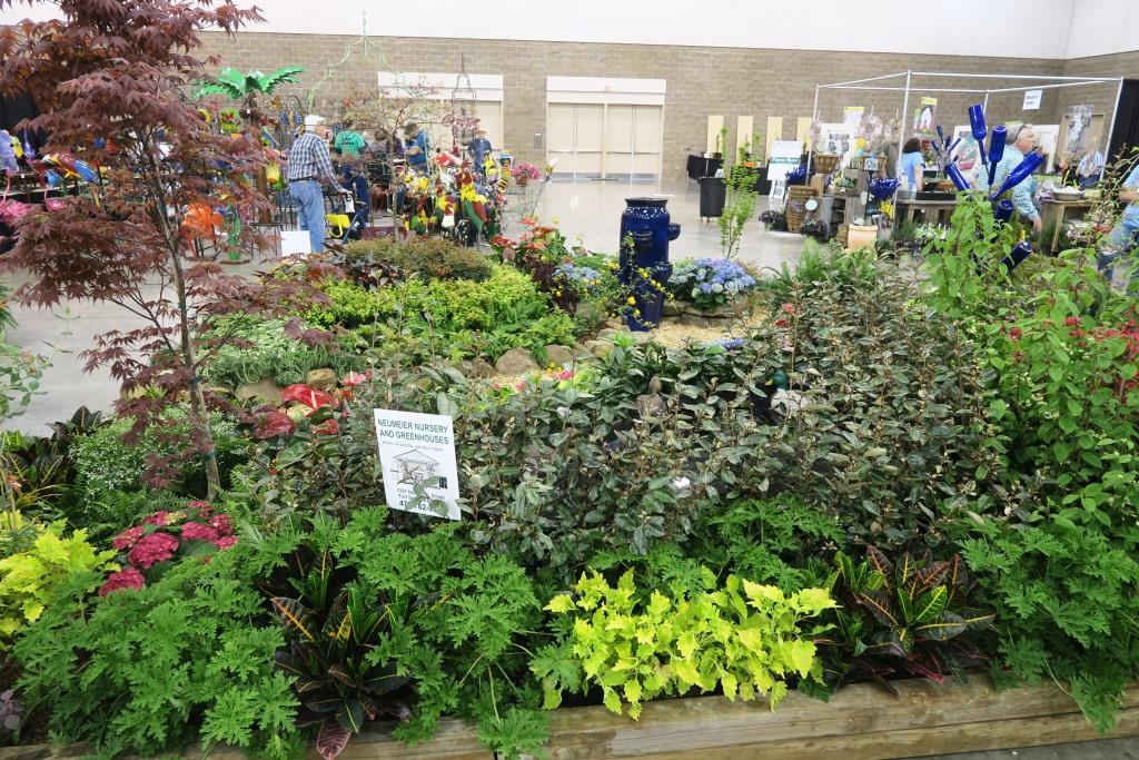 The River Valley MGu0027s Did Themselves Proud Today With One Of The Best Lawn  And Garden Shows I Have Seen In Fort Smith. The Gardens Were Great, ...